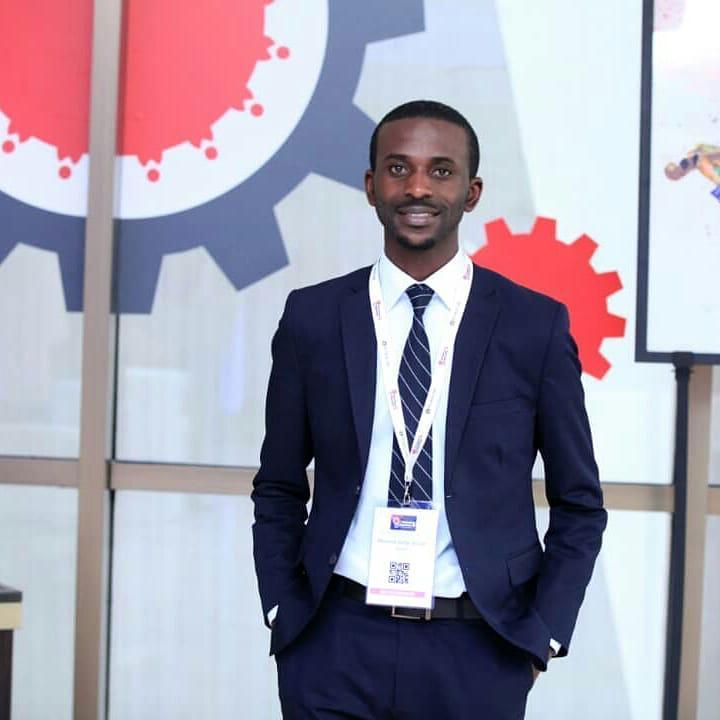 RDC : » Pour entreprendre, il faut innover et persévérer » (Mannick Syllas)